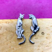 Cat Earrings E63