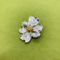 dogwood single 2 tone pin